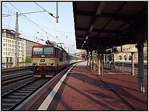 CD-371 015 in Dresden Hbf