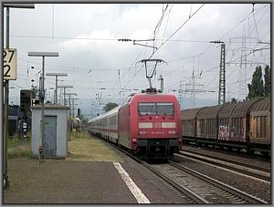 101 003 mit IC 1216 in Mainz-Mombach